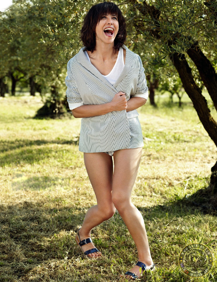 image Julie gayet nude sans laisser de traces 2010 Part 3