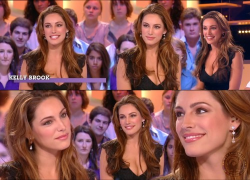 Kelly Brook   Grand Journal 01.09.10 (photos)
