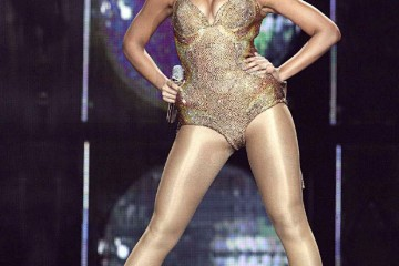 Beyonce-Be-Fr-45