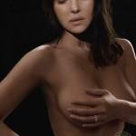 Monica-Bellucci-nue-Elle-Fr-3415-03