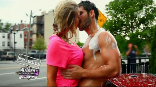 Sexy CarWash de Stéphanie et Kevin   Best of Les Anges (video)