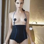 Elsa-Zylberstein-topless-paris-match-3270-toutes-nues
