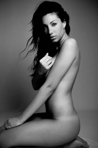 Sophie-nue-Amour-est-aveugle-04