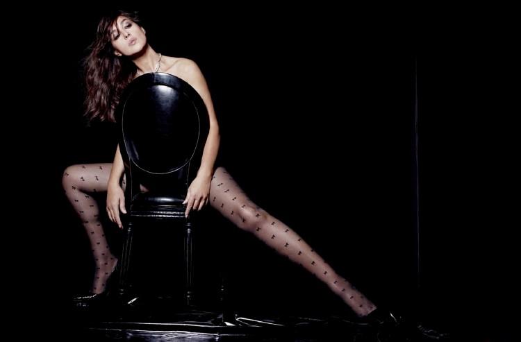 Monica-Bellucci-nue-LUI-22-Novembre-2015-03