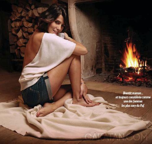 Karine-Ferri-enceinte-Paris-Match-3468-03