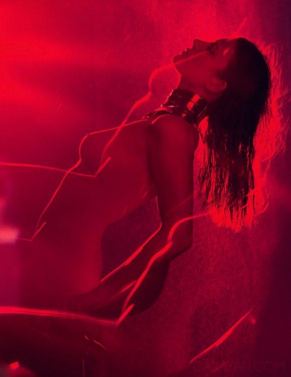 Elodie-Frege-nue-LUI-Mars-2016-27-NouvelleStar-5
