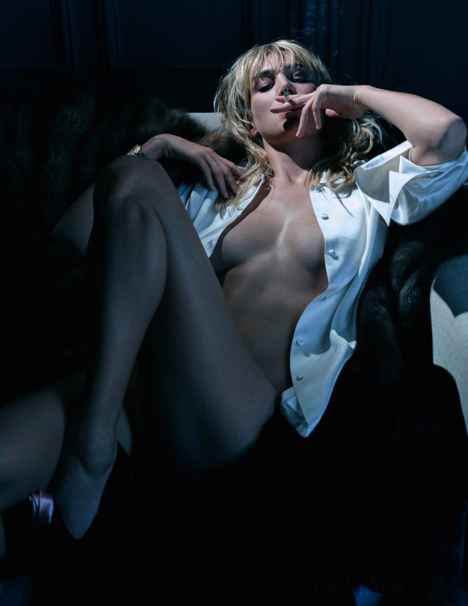 pauline-lefevre-nue-topless-lui-novembre-2016-32-06